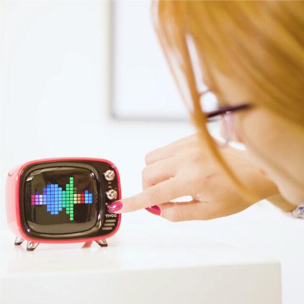 Spot promocional parlante portatil Divoom Tivoo
